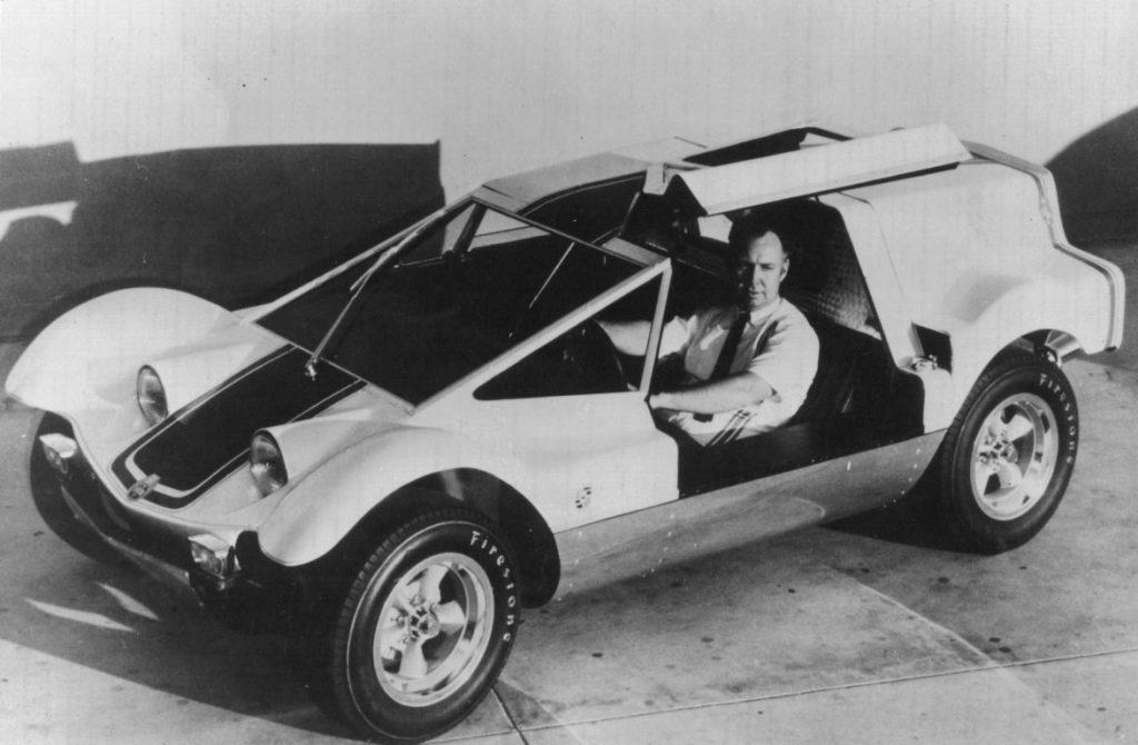 Dick Dean with his Shalako car